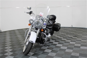 2005 Harley Davidson Soft Tail Deluxe 2