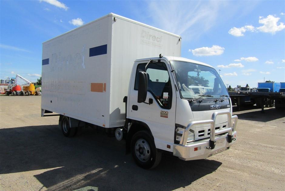 2007 Isuzu NPR200 Turbo Diesel Pantech Truck (Ex Fleet)
