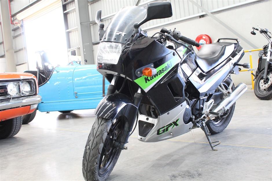 Kawasaki GPX 2 seater Road (WOVR), 25102 km indicated