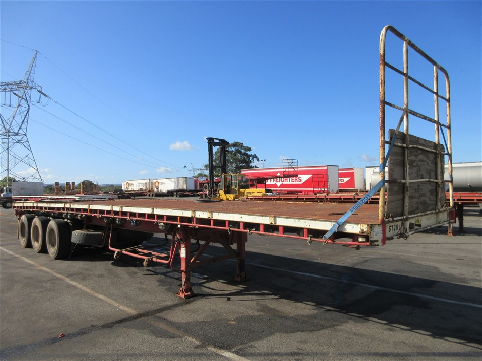 1991 Freighter 41' Triaxle Flat Top Trailer