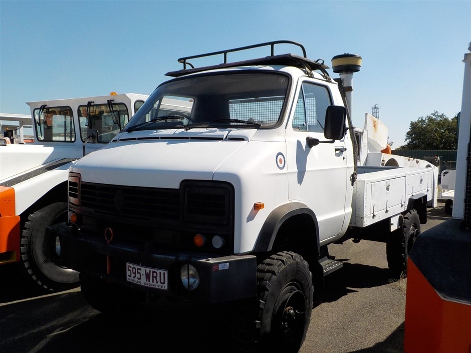 Reynolds Boughton RB44 4 x 4 Service Truck