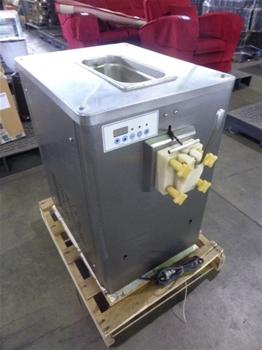 2008 BQ115 Soft Serve Ice Cream Machine