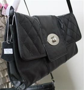 1 X Trent Nathan Leather Black Handbag