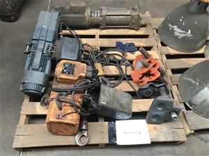 Pallet of assorted hoist parts