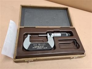 Tesa Swiss Master Micrometer 0.01mm 25-5