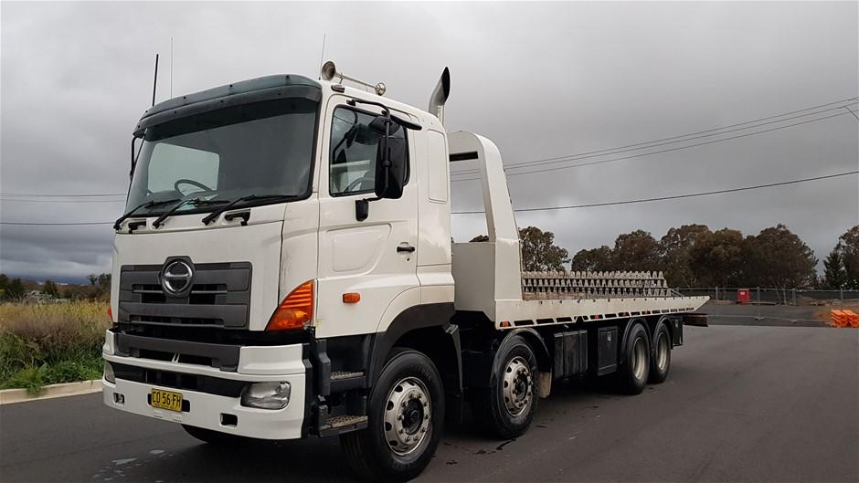 2008 Hino FY700 Tilt Tray Truck