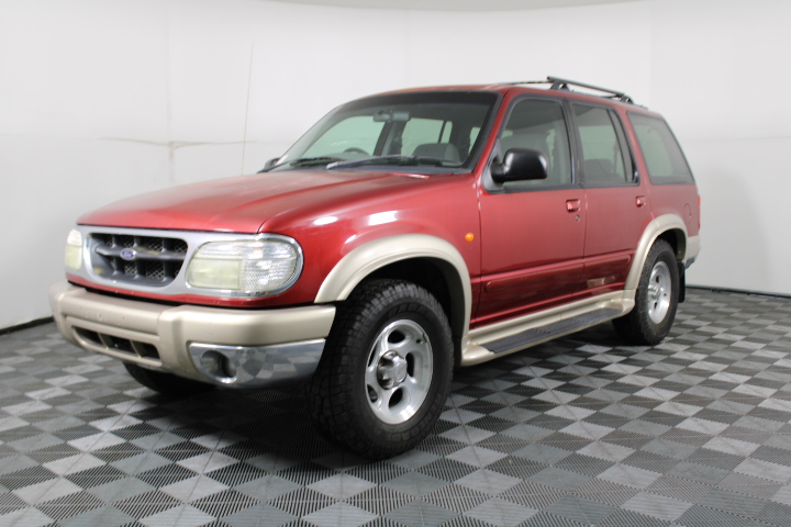 2000 Ford Explorer XLT 4WD Automatic Wagon