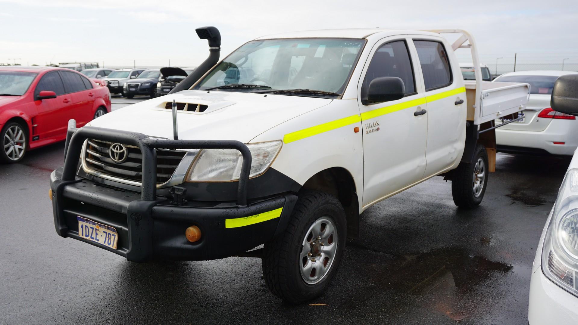 2012 Toyota Hilux SR (4x4) KUN26R Turbo Diesel Manual Dual Cab