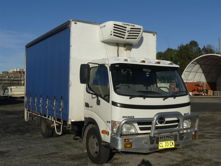 2008 Hino 300 XZU417R 4 x 2 Curtainsider Rigid Truck