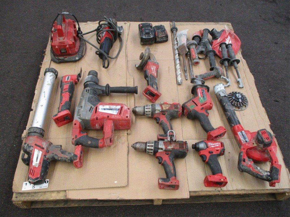 1x Pallet of Milwaukee Power Tools / Accessories