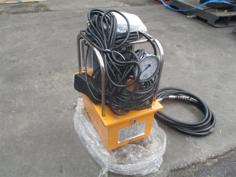 Hydraulic Cutter with Cutting Head