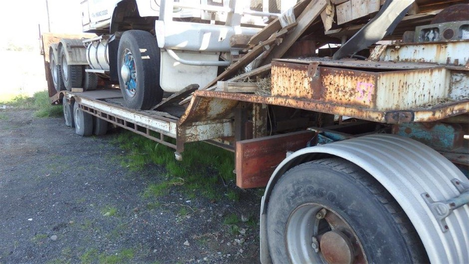 Plant Trailer with Loading Ramp