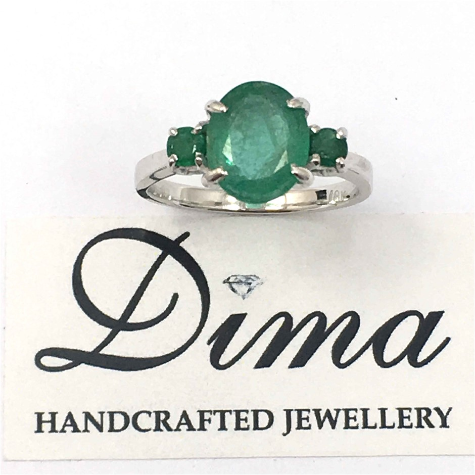 18ct White Gold, 2.48ct Emerald Ring