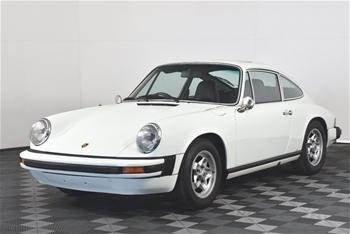 Porsche 911 Manual Coupe