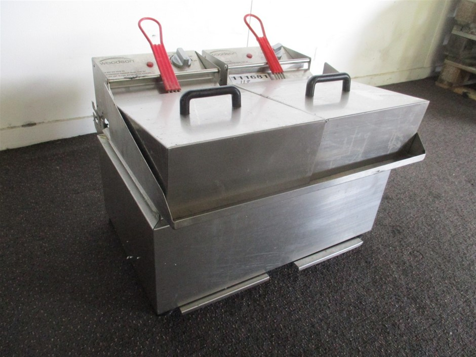 Woodsons WFR180ZC On-Counter Twin Fryer