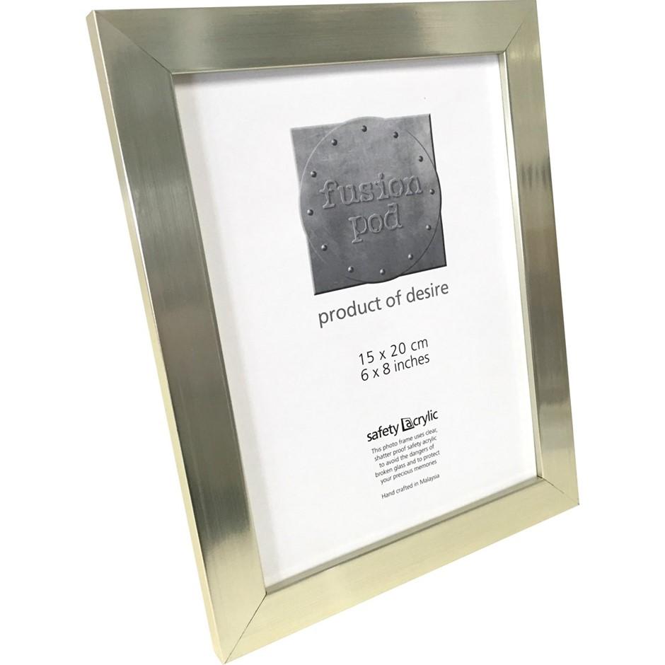 6 x POD 6x8 Epping Champagne Silver Frames