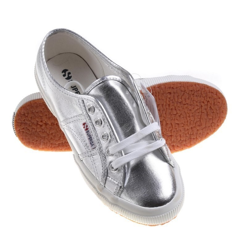 Pair SUPERGA 2750 COTMETU Casual Shoes, UK Size 3.5, Silver. Buyers Note -