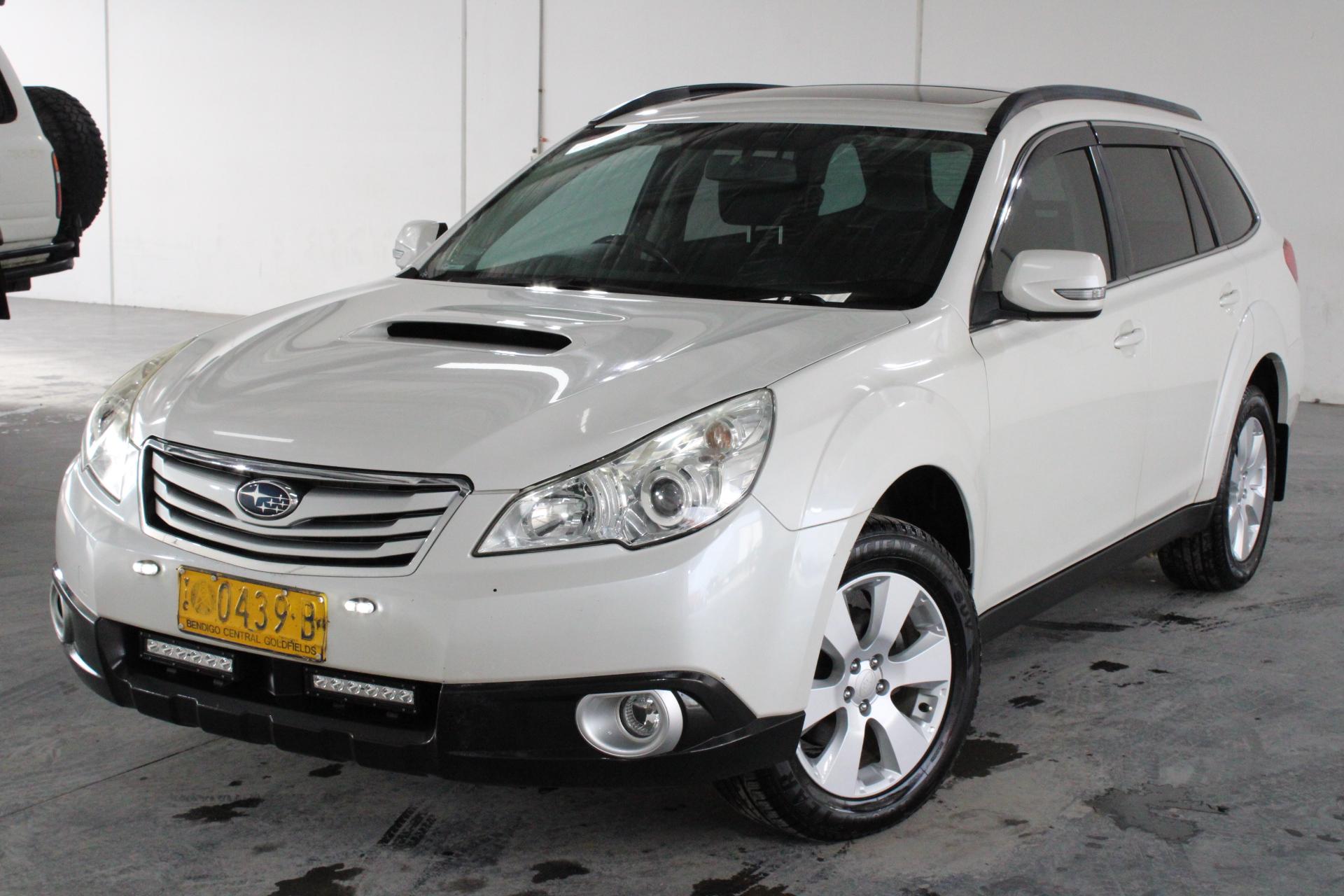 2010 Subaru Outback Manual SUV