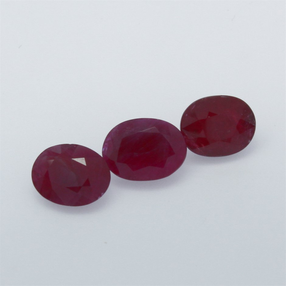Three Loose Ruby, 7.65ct in Total