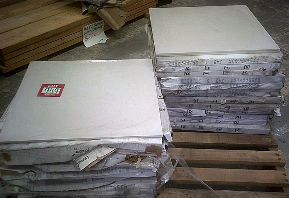 Pallet of approximately 23 sq. metres of Johnson Mars White 600mm x 600mm t