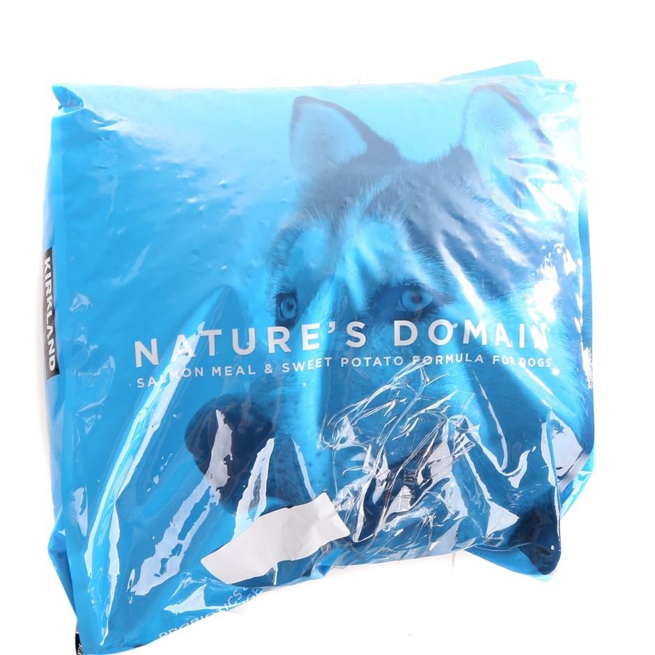 15kg Bag x NATURE`S DOMAIN Dog`s Salmon Meal & Sweet Potato Formula. (SN:CC