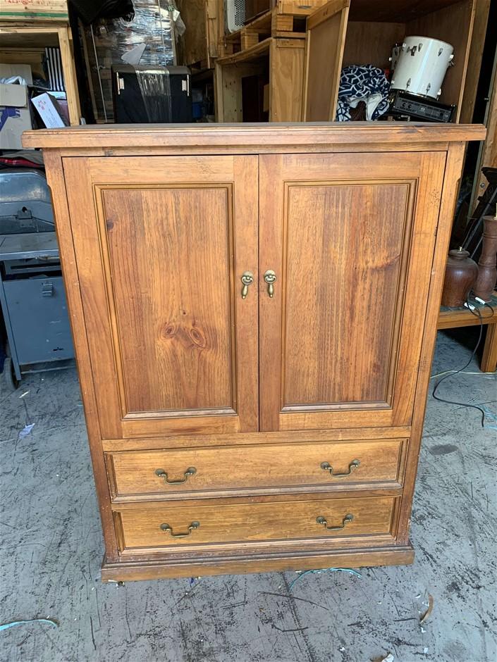 TV Cabinet, Pine Wood, Barn Door Opening with Sliding Doors, 2x Drawer, App