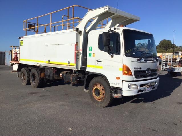 2009 Hino FM500 6x4 Turbo Diesel Service Truck