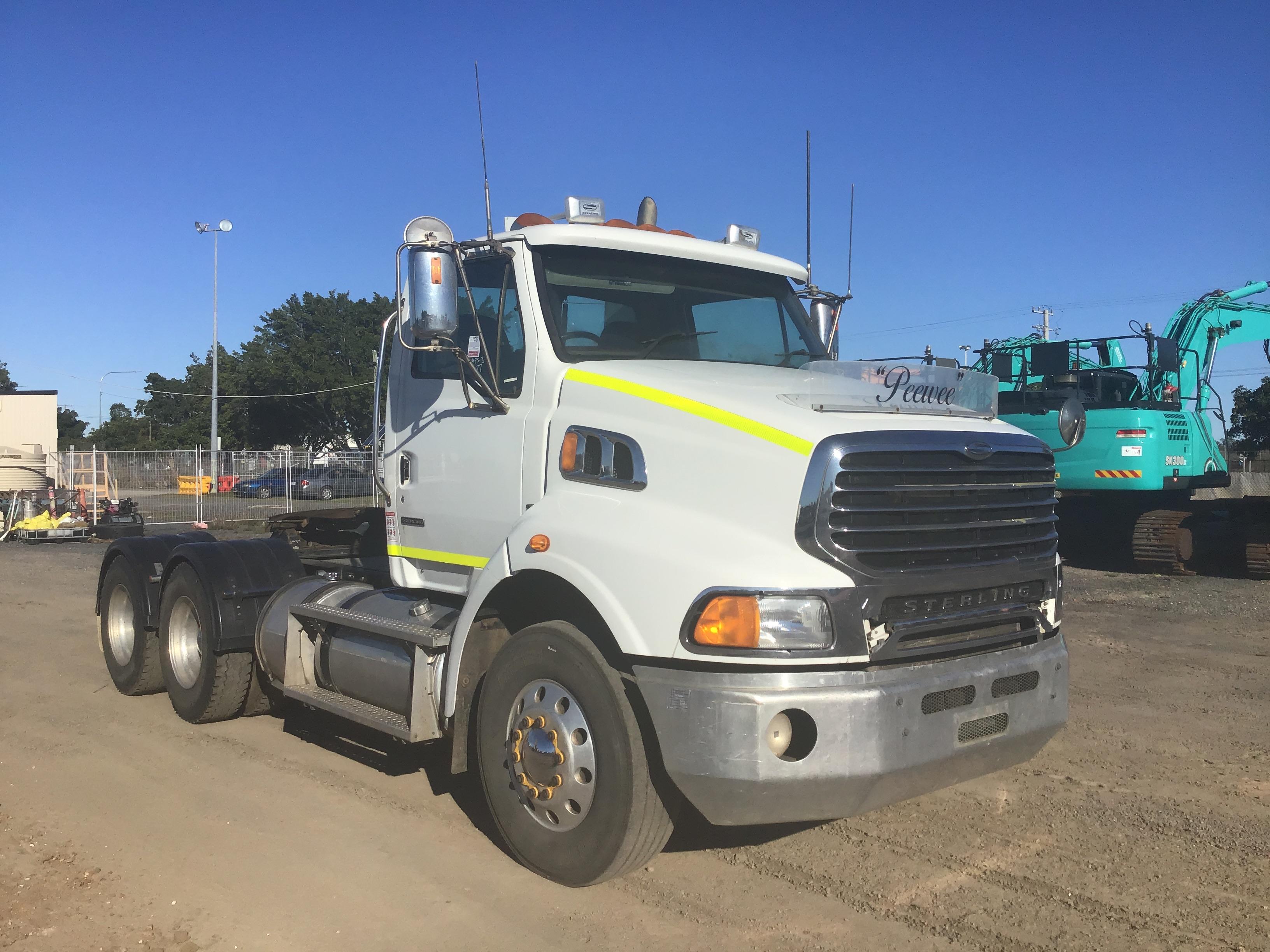 2008 Sterling LT 9500 6 x 4 Prime Mover Truck