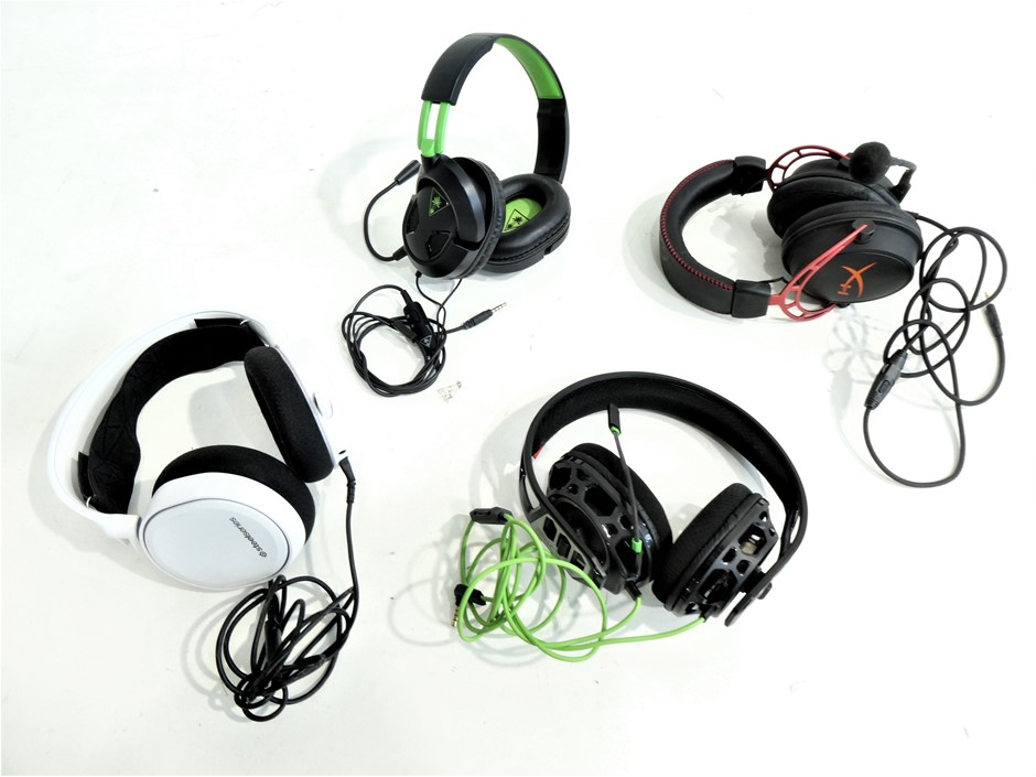 4x ASSORTED USED & UNTESTED GAMING HEADSETS