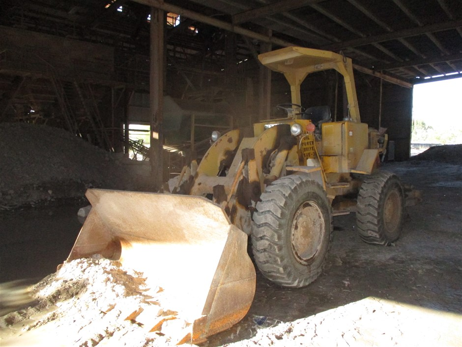 1975 Caterpillar 920 Wheel Loader