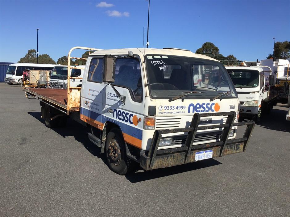 1992 Mazda T4600 4 x 2 Tray Body Truck