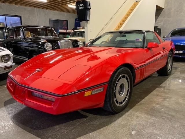 1985 Chevrolet Corvette C4 RWD Automatic Coupe