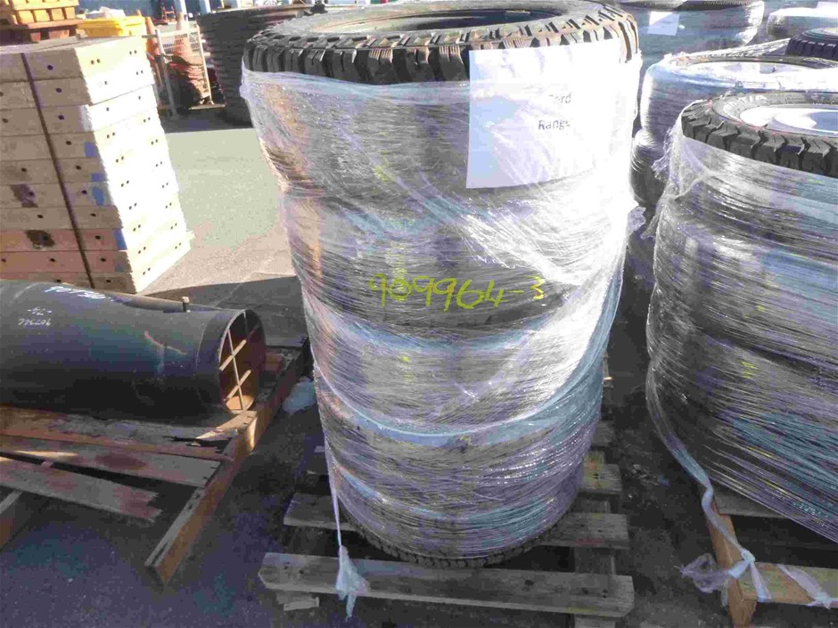 Pallet of 5x Rims & Tyres to Suit Ford Ranger