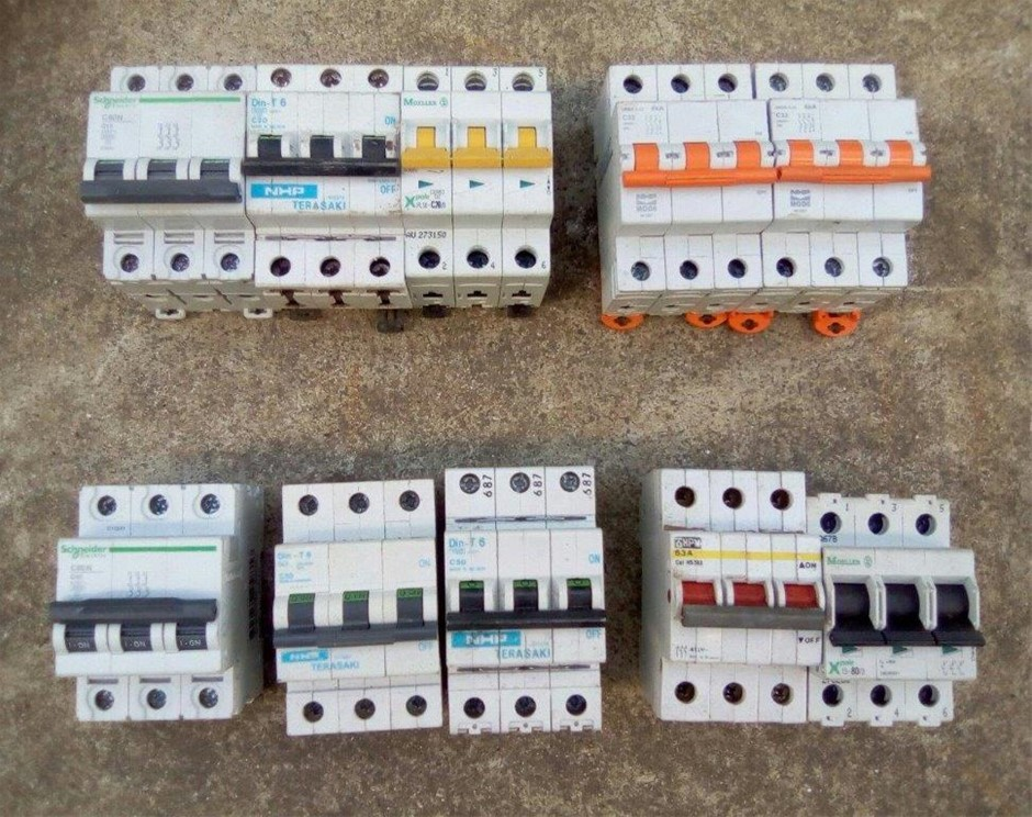 Lot of 10 Various Brand 10 to 80A 3 Phase Circuit Breakers