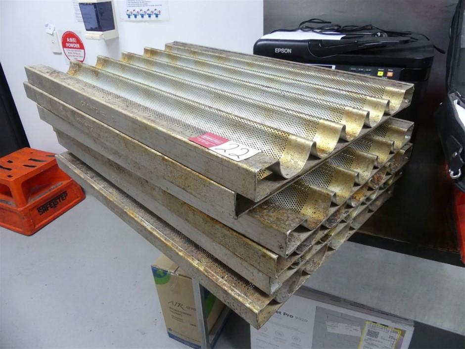 Qty 6 x Bread stick trays