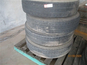 Michelin 10R 22.5 Tyres x 4
