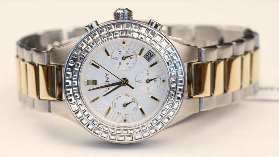 Ladies never worn DKNY fantastic looking chronograph ladies watch.
