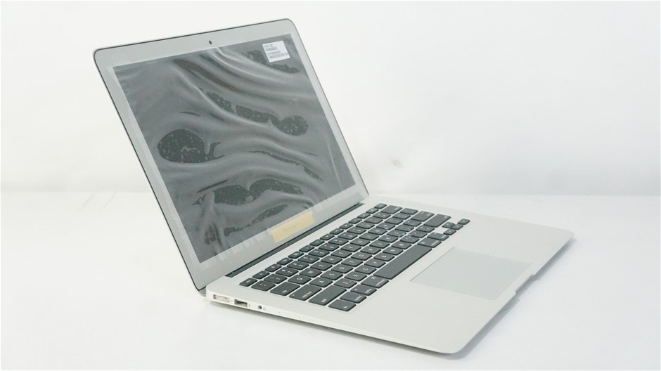 Apple MacBookAir7,2 (2017) 13.3-inch Notebook