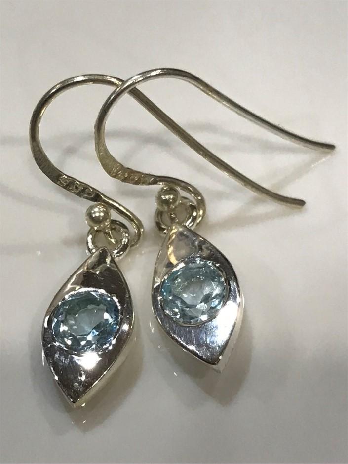 Lovely Genuine 1.10ct Blue Topaz Earrings