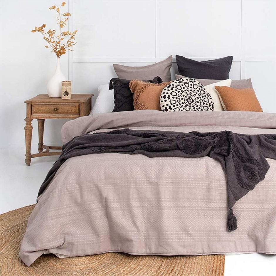 Bambury Quilt Cover Set Ashcroft Quilt Cover Set, Super King Bed. 100% Cott
