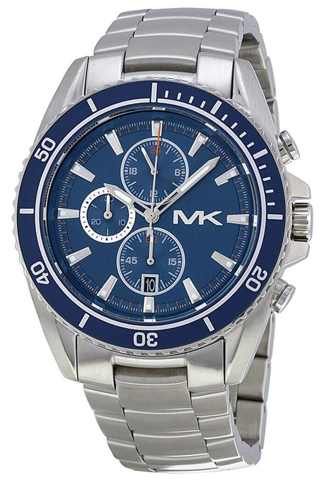 Stylish new Michael Kors Chronograph men's watch.
