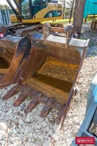 ABS 30-35t Excavator Tooth Bucket