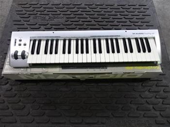 M-Audio KeyRig 49 USB MIDI Keyboard Controller