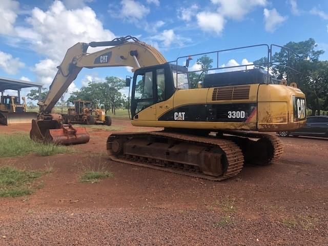 Circa 2009 Caterpillar 330 DL Excavator
