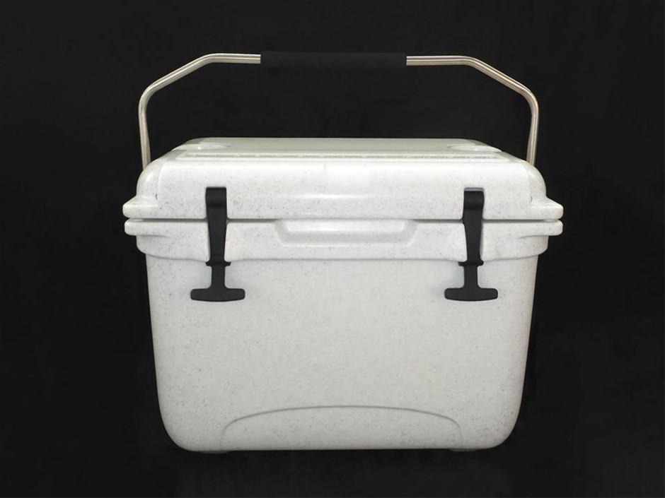 Unused 20 Litre Hard Box Insulated Cooler Box (BID PRICE PER EACH)
