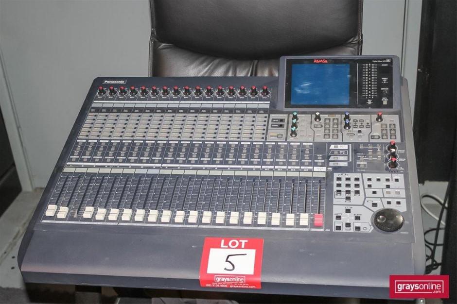 Panasonic (RAMSA) WR-DA7 32 Channel Digital Audio Mixing Console