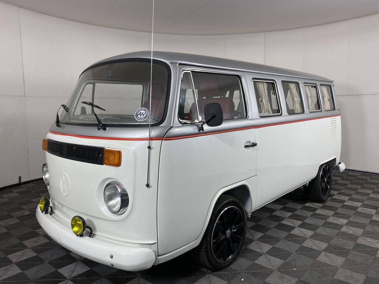 Volkswagen Kombi Manual Van
