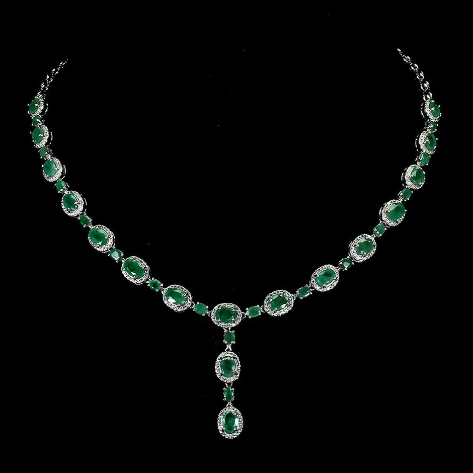Magnificent Emerald Necklace 925 Silver