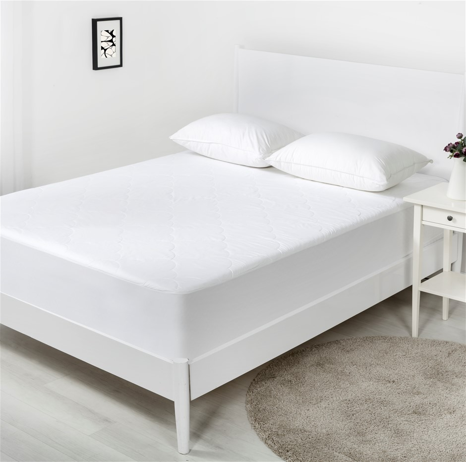 Dreamaker Cotton Filled Mattress Protector Double Bed