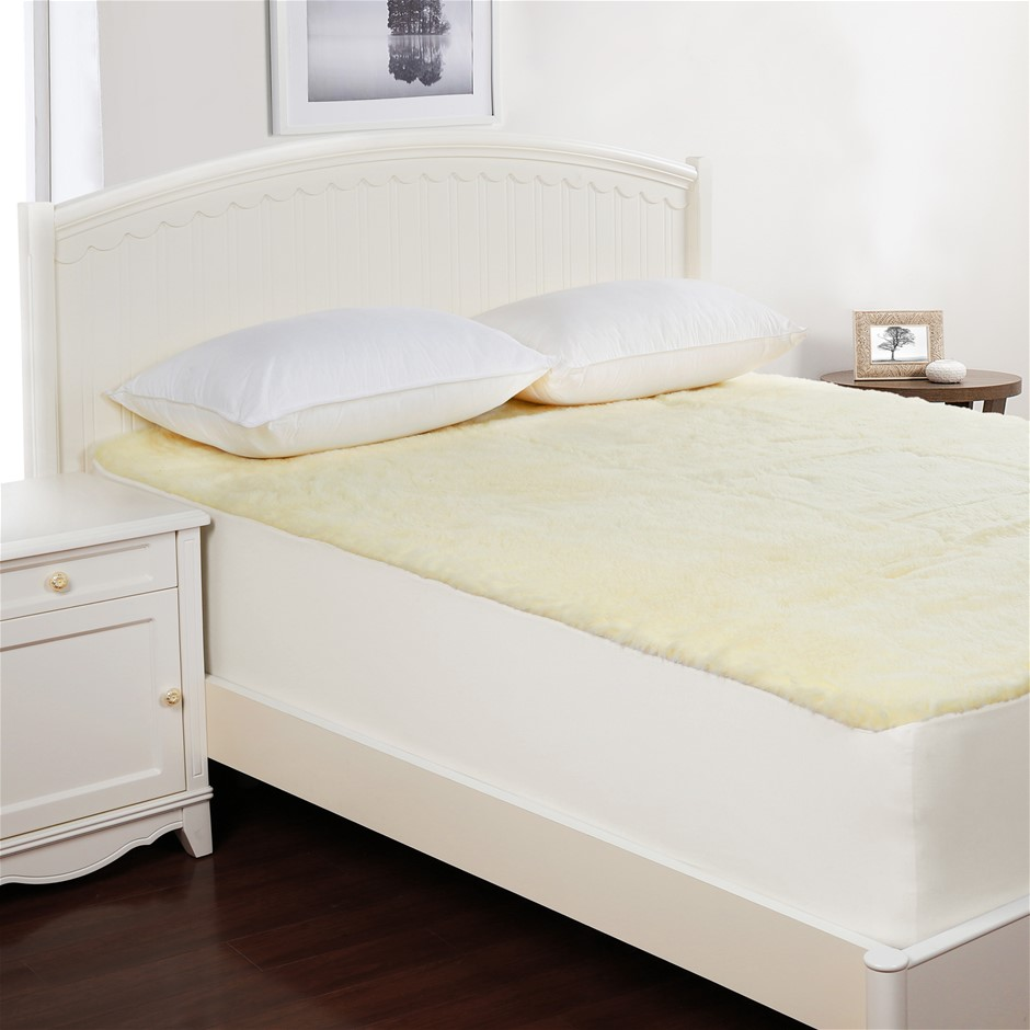 Dreamaker Wool Underlay Super King Bed